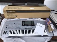 for sale NEW Yamaha Tyros 5 Keyboard